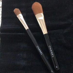 NWOT Chanel foundation & eyeshadow brushes #16#11
